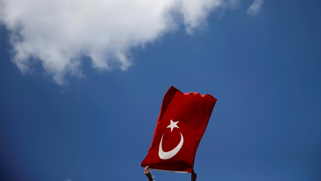 """""""So Gott will, fliegen wir zum Mond"""": Erdoğan kündigt türkische Mondmission für 2023 an"""
