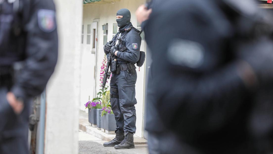 Polizei nimmt drei Syrer fest – Verdacht auf Vorbereitung eines islamistischen Anschlags