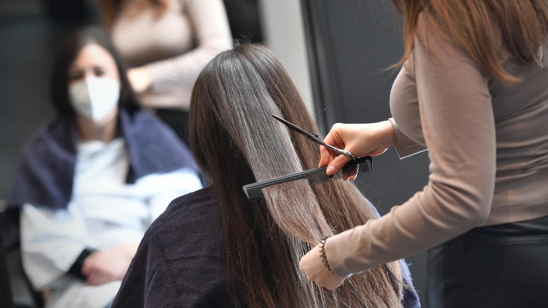 Frischer Schnitt für guten Zweck: Friseur versteigert ersten Termin nach Lockdown