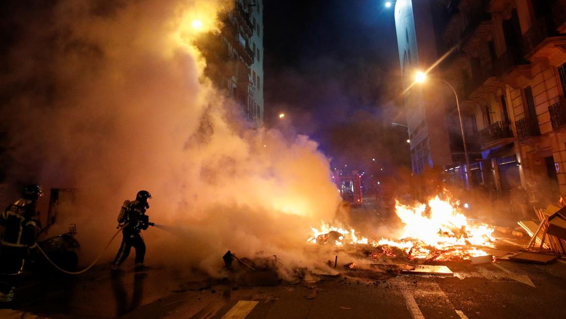 """Heftige Proteste in Spanien nach Rapper-Festnahme wegen """"Beleidigung der Monarchie"""""""