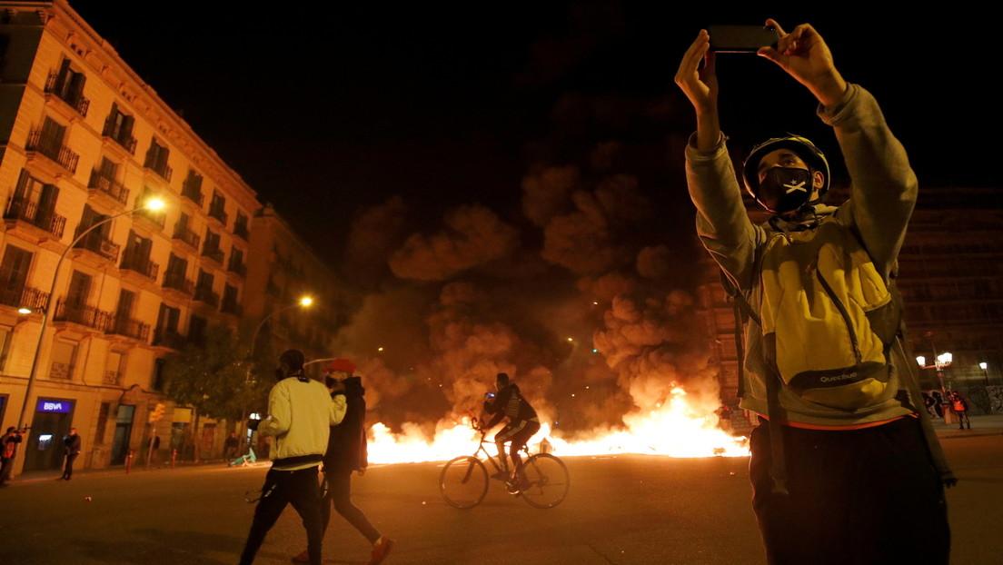 Spanien: Vierte Nacht mit gewaltsamen Protesten wegen Verhaftung von Rapper Hasél
