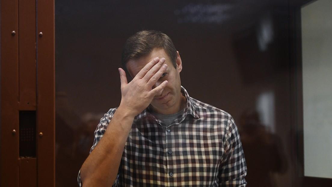 Nawalny in Prozess wegen Verleumdung eines Kriegsveteranen für schuldig befunden