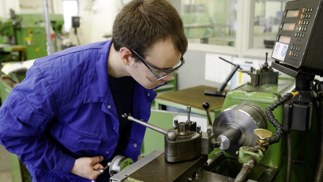Ausbildung in Deutschland steuert auf Lehrstellen-Krise zu