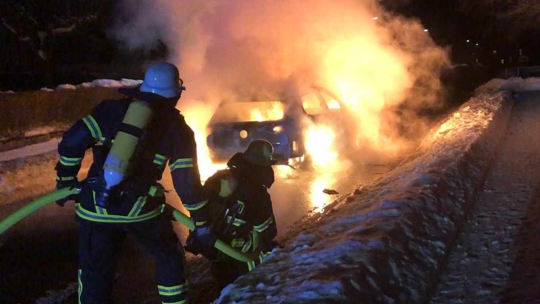 Brandgefahr und kaum zu löschen: Stadt verbietet Elektro-Autos in Tiefgarage