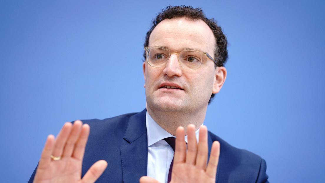 Infos unliebsamer Journalisten angefordert: Spahn verteidigt millionenschwere Privatangelegenheit