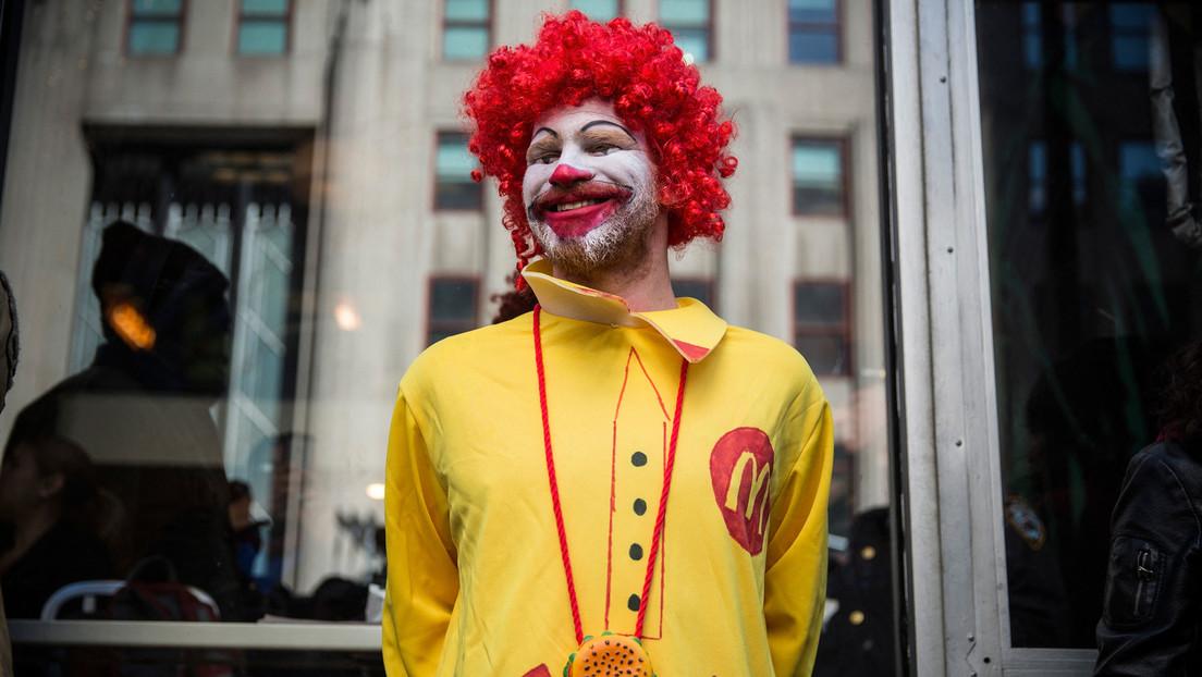 McDonald's hat eigenen Geheimdienst – er überwacht Mitarbeiter, die Gehaltserhöhung fordern