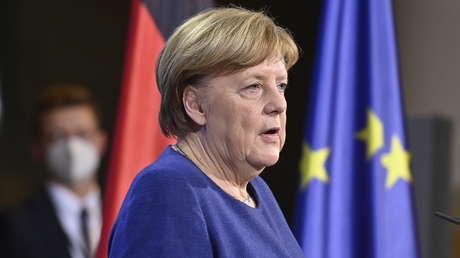 Merkel will Corona-Impfpass innerhalb der nächsten drei Monate