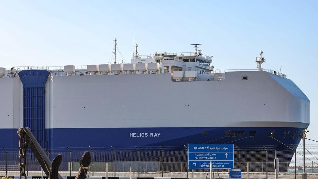 Israel beschuldigt Iran des Angriffs auf Frachter und beschießt Ziele in Syrien