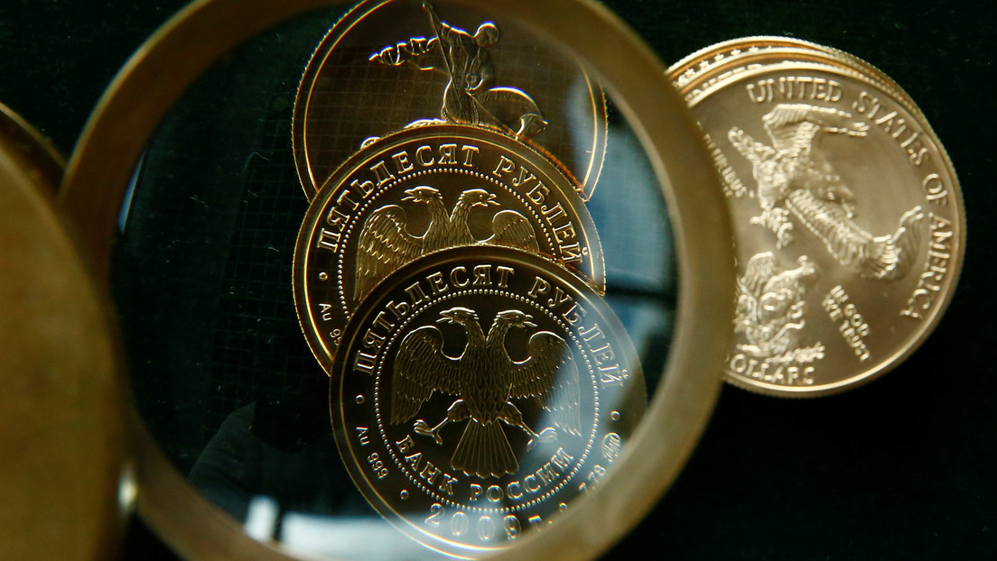 Ökonom: Mit diesem einfachen Schritt könnte Russland die Entdollarisierung bedeutend vorantreiben