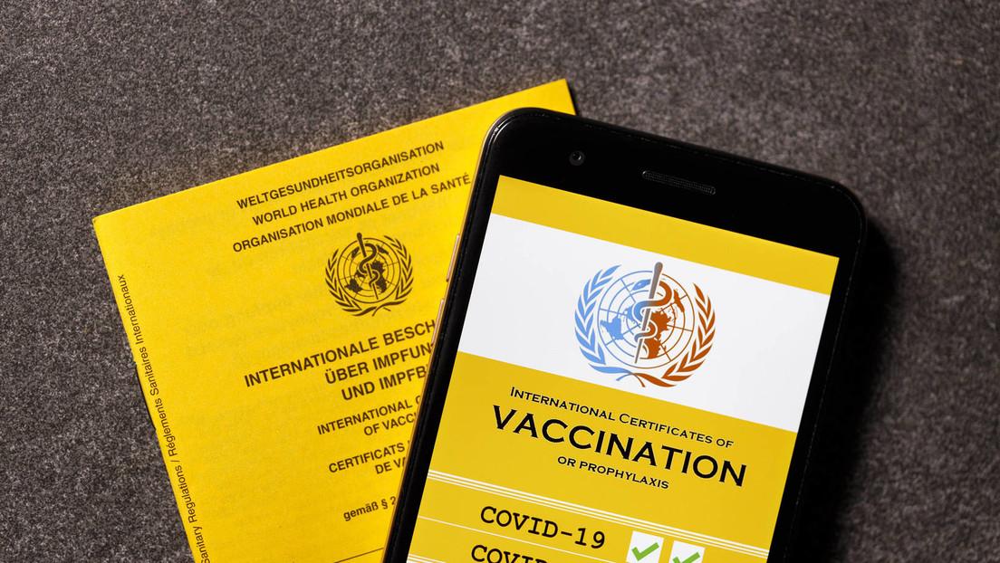 Hunderttausende Briten unterzeichnen Petition gegen COVID-19-Impfpässe