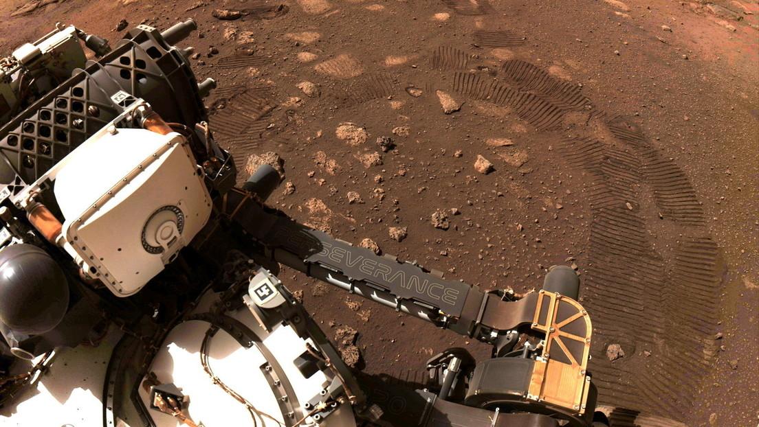 """Erfolgreiche Testfahrt auf dem Mars: Rover """"Perseverance"""" legt in 33 Minuten 6,5 Meter zurück"""
