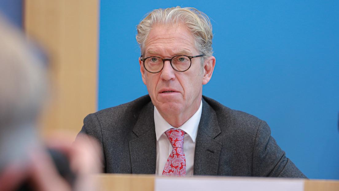Gesundheitsminister Jens Spahn bremst Kassenarzt-Chef im Impfstreit aus