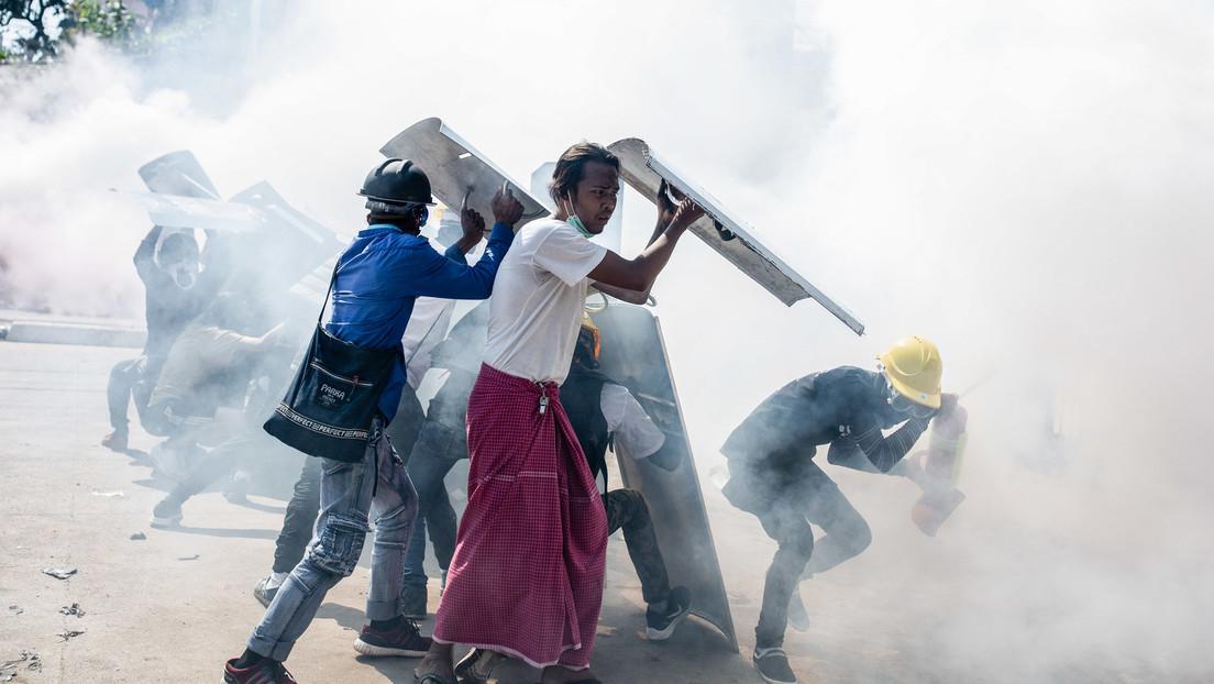 Neuer Höhepunkt der Gewalt in Myanmar: Polizei streckt Demonstranten per Kopfschuss nieder