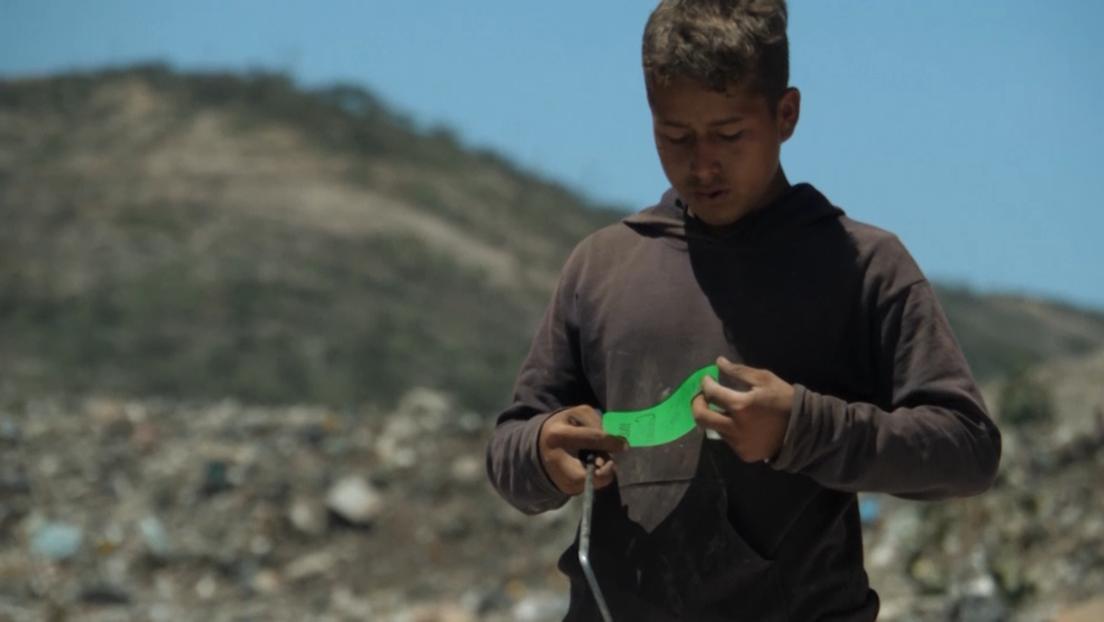 COVID-19-Pandemie macht es jungen Müllsammlern in Venezuela schwer