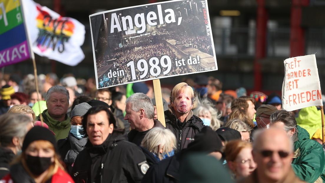 Ein Jahr Corona-Maßnahmen – Demos und tumultartige Szenen in mehreren deutschen Städten