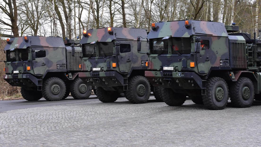 Bundesregierung finanziert Militär-Lkw und Pistolen-Munition über Corona-Paket
