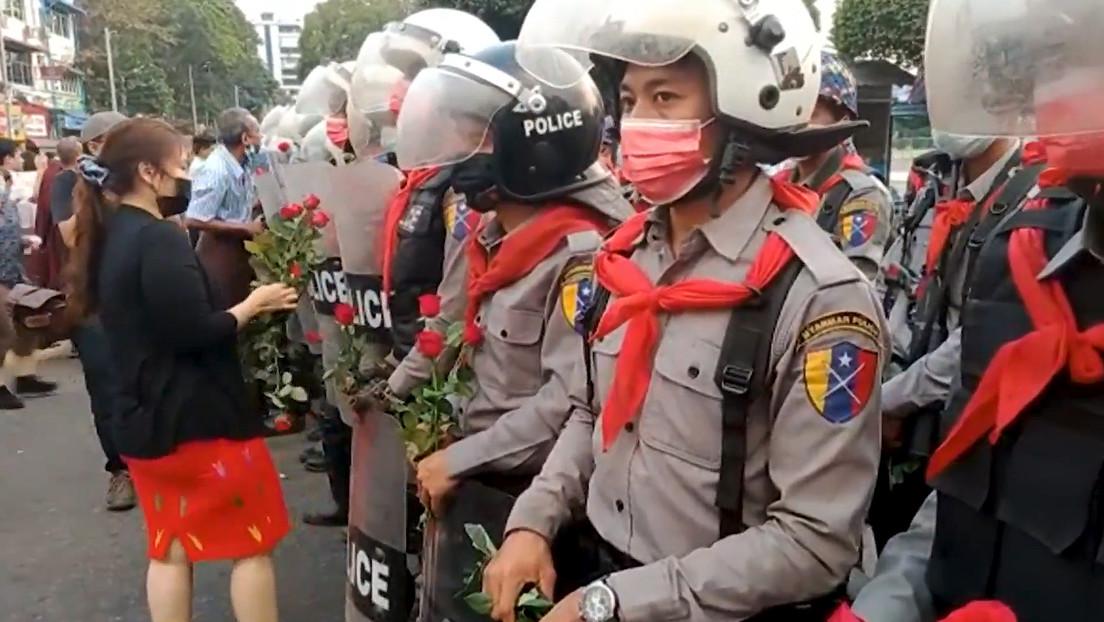 Nach bislang blutigstem Tag in Myanmar: Nun sind auch Polizisten auf der Flucht