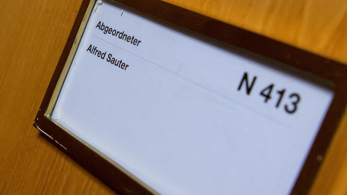Maskenaffäre weitet sich aus: Bayerns Ex-JustizministerSautersoll 1 Million Euro erhalten haben