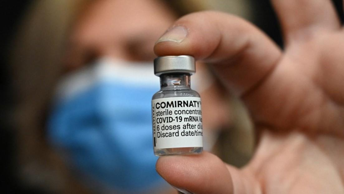Pfizer plant Preiserhöhung für Impfstoff und spricht von jährlichen Auffrischungsimpfungen