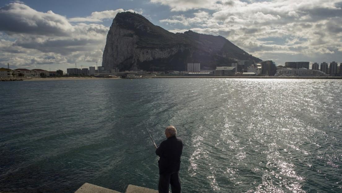 Medienberichte: Großbritannien will Migranten in externen Gebieten festhalten