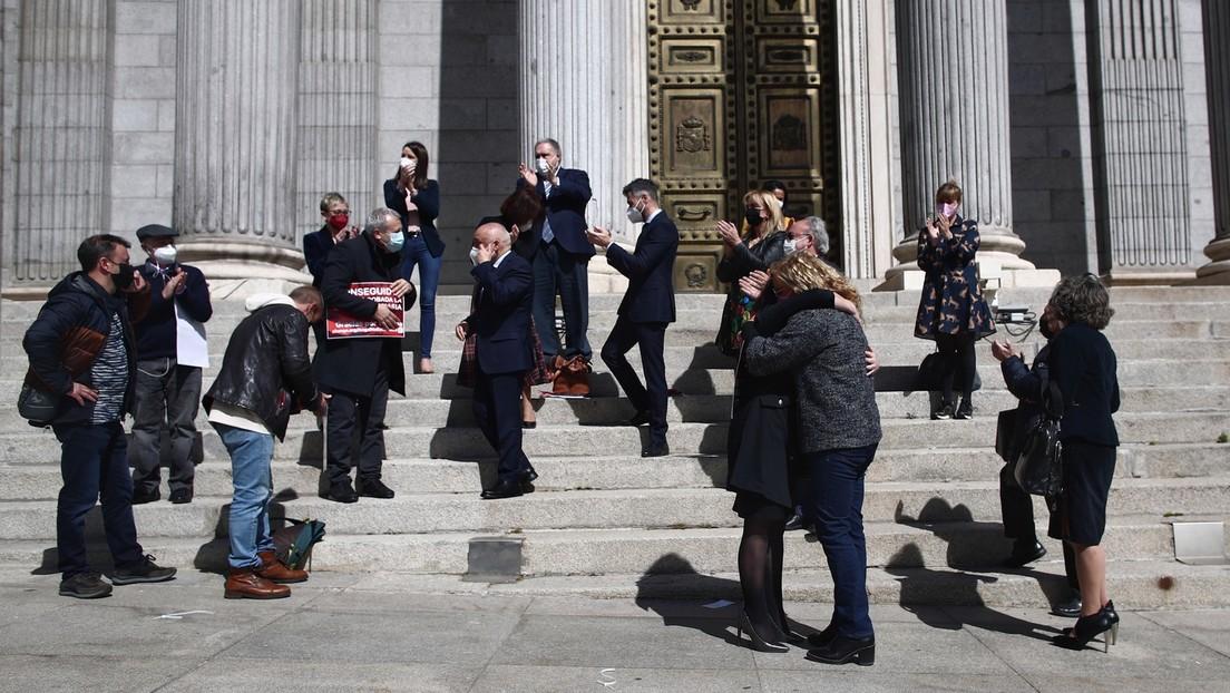 Spaniens Parlament erlaubt die Legalisierung der aktiven Sterbehilfe