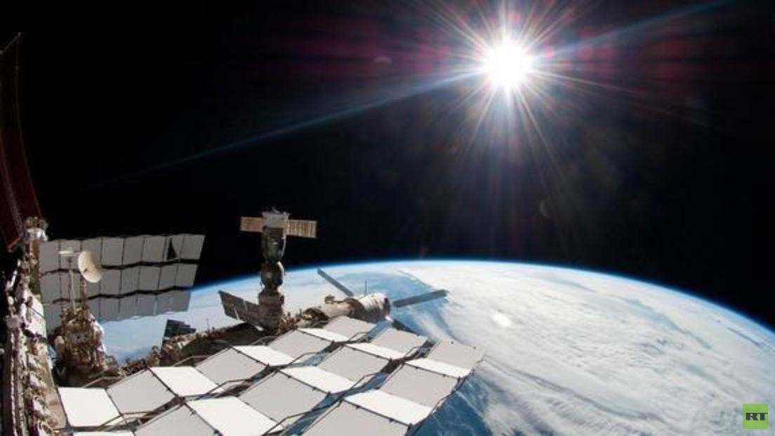 LIVE: ISS-Crew verlegt Sojus-Raumschiff, um Platz für nächste Expedition zu schaffen