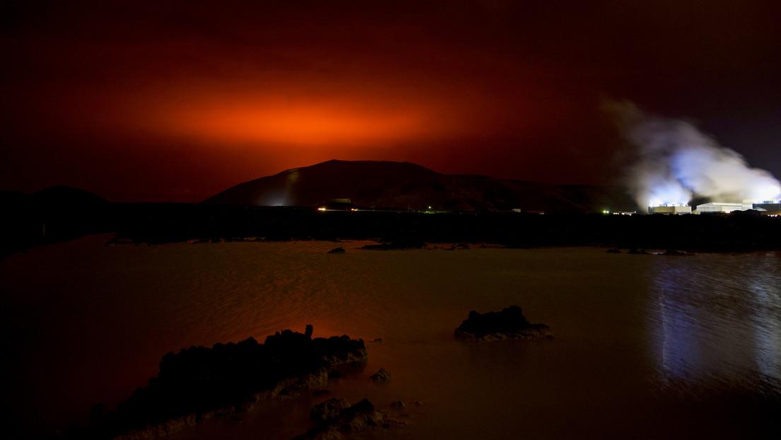 Nach etwa 6.000 Jahren Schlaf: Vulkan Fagradalsfjall bricht nahe Islands Hauptstadt Reykjavík aus