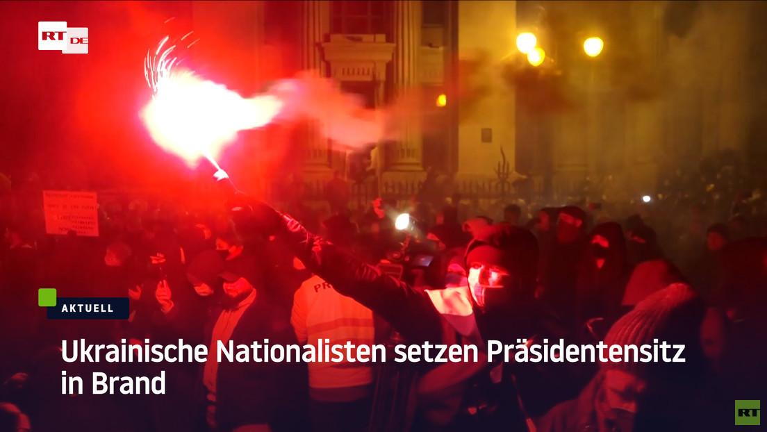 Kiew: Ukrainische Nationalisten setzen Präsidentensitz in Brand