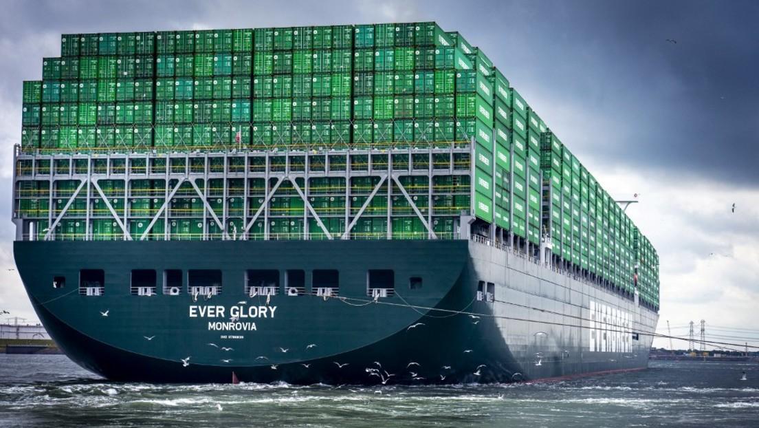 Mega-Containerschiff auf Grund gelaufen – Suezkanal blockiert