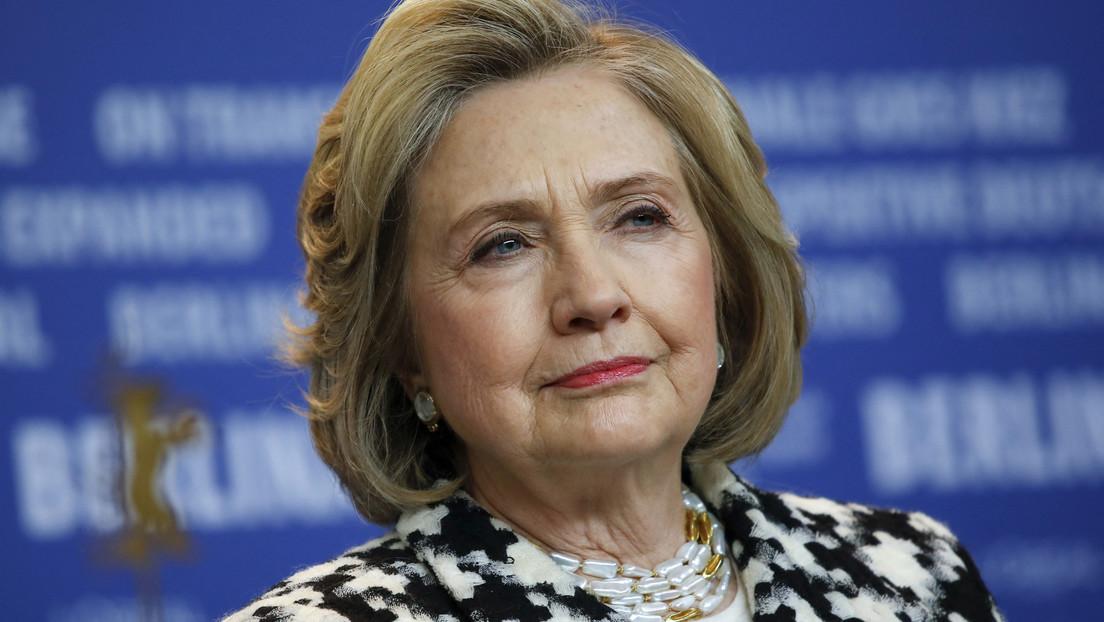 """Wegen Russland und China: Hillary Clinton fordert vom US-Präsidenten mehr """"Impfstoff-Diplomatie"""""""