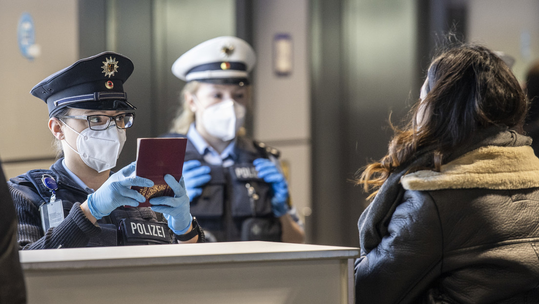Nach Kritik an Mallorca-Urlaub: Testpflicht für Reiserückkehrer soll kommen