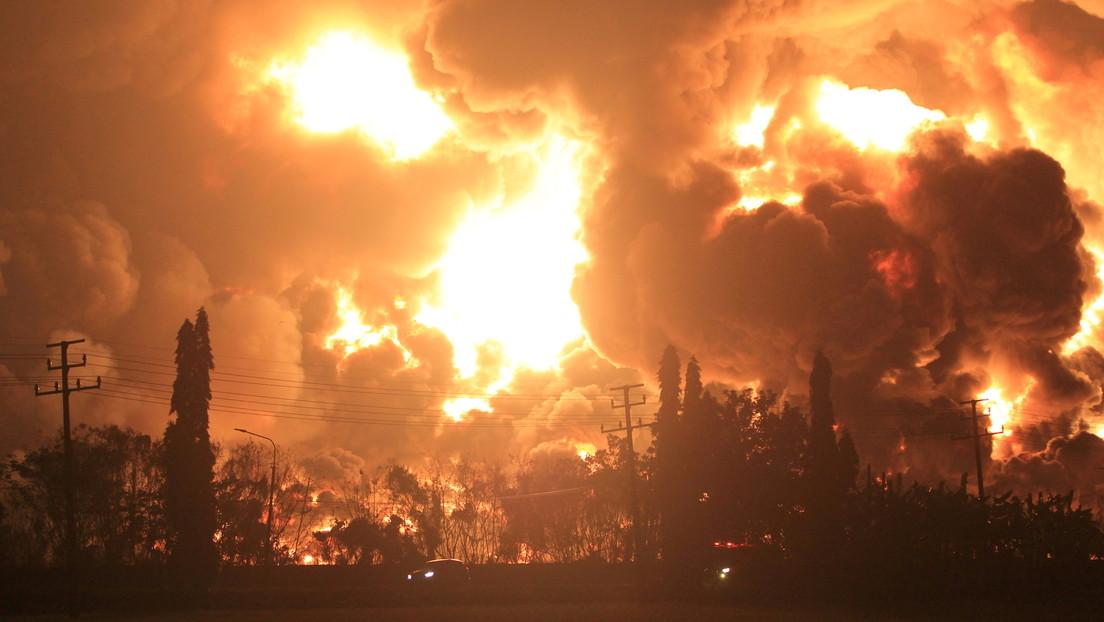 Großbrand verwüstet indonesische Ölraffinerie: Rund 950 Menschen evakuiert, mindestens 5 verletzt