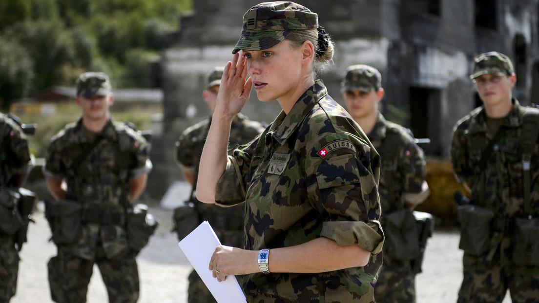Schweizer Armee verspricht Frauen bequemere Unterwäsche