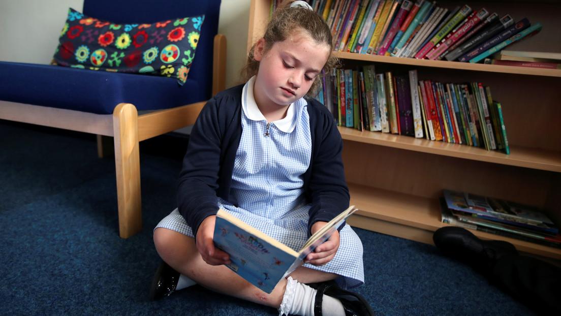 Mangelnde Lesekompetenz nach Corona-Lockdowns: Großbritannien erwägt Notfallplan für Grundschulen