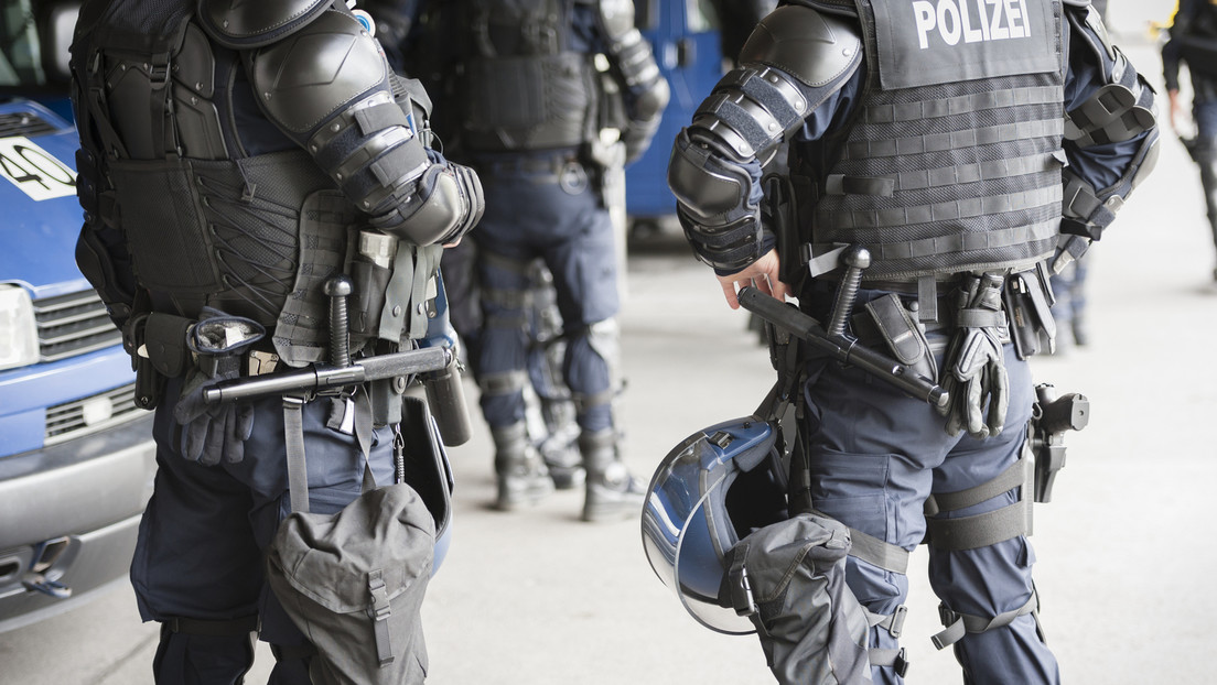 Schweiz: Neue Ausschreitungen befürchtet – Polizei hindert Jugendliche an Einreise nach St. Gallen