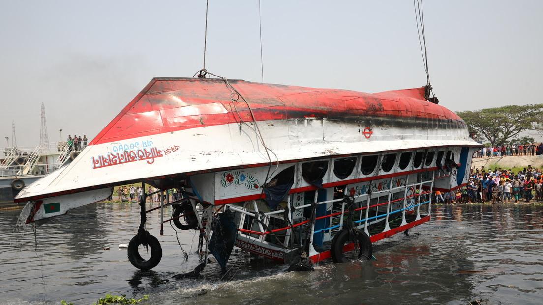 Bangladesch: Fähre sinkt mit 50 Menschen an Bord – mindestens 26 Tote
