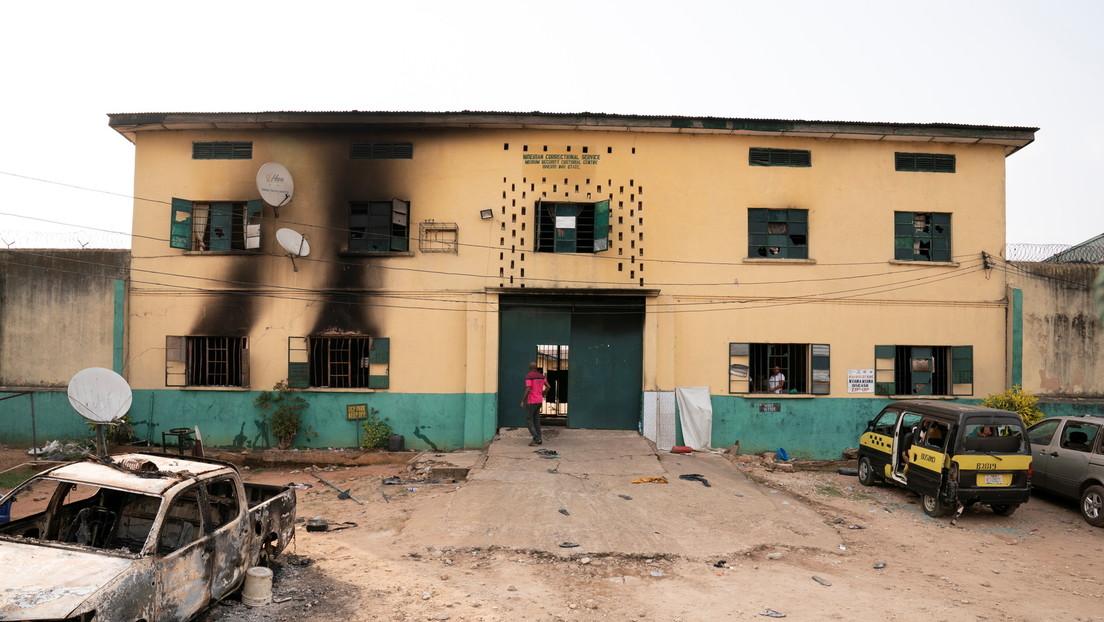 Bewaffnete befreien 1.844 Häftlinge aus nigerianischem Gefängnis
