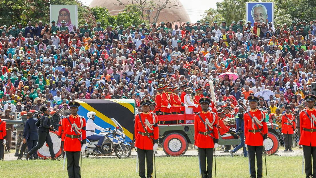 """Nach Tod von """"COVID-Leugner"""" Magufuli: Tansanias neue Präsidentin will Corona-Taskforce einsetzen"""