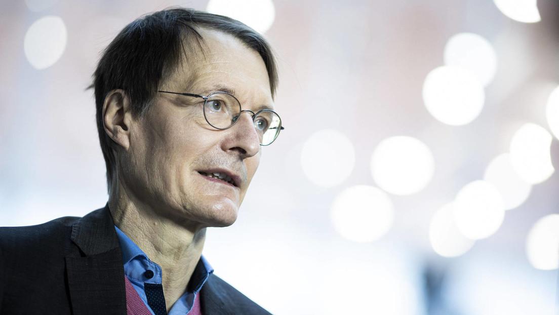 Karl Lauterbach mit AstraZeneca-Vakzin geimpft