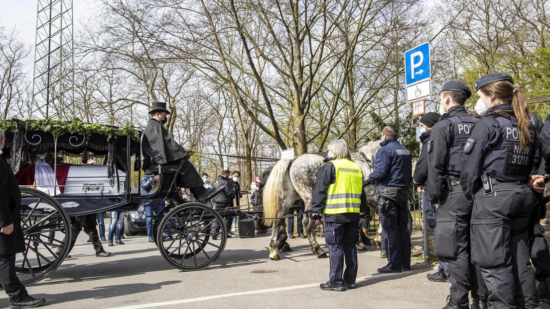 Beerdigung von Roma-Großfamilien-Mitglied in Leverkusen