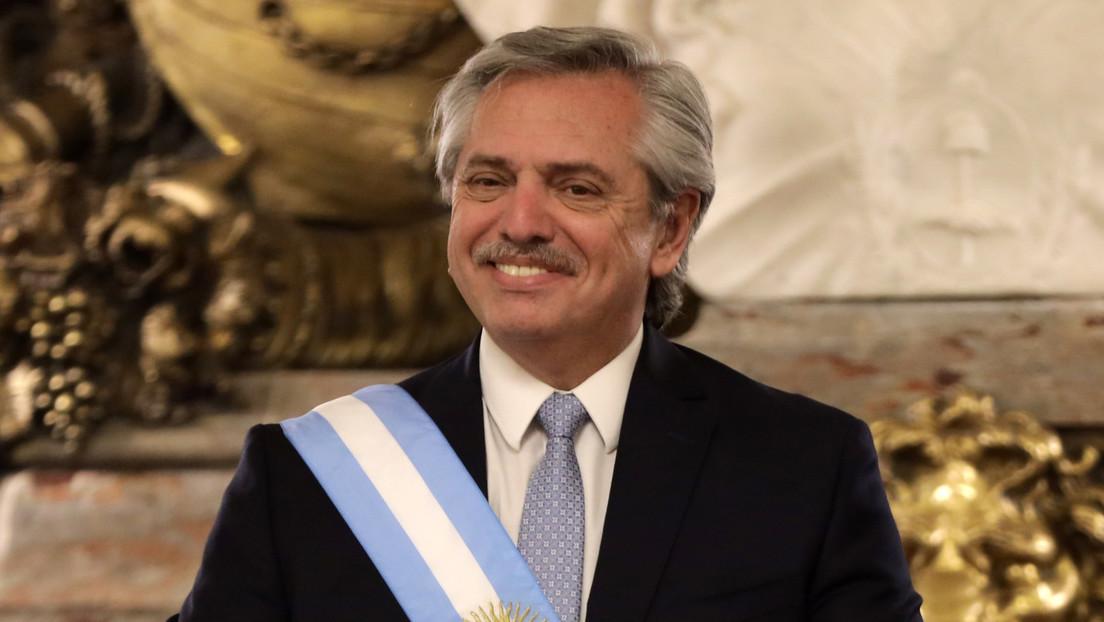 Dank Sputnik V: Argentinischer Präsident nur leicht an COVID-19 erkrankt und genesen