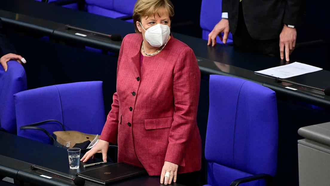 Merkel geimpft: Bundeskanzlerin erhielt erste Dosis AstraZeneca