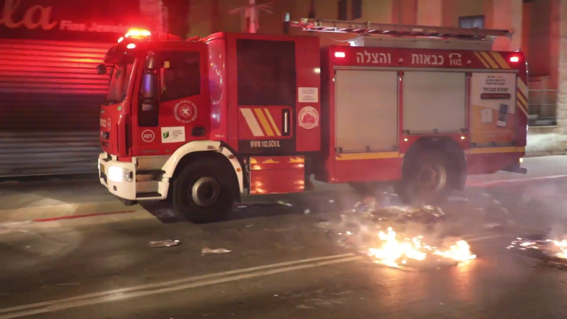 Israel: Unruhen und Zusammenstöße mit der Polizei wegen Angriffs auf Rabbiner