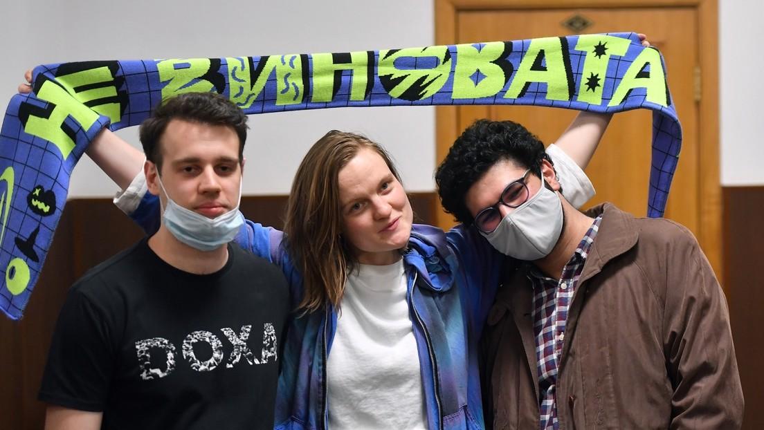 Journalisten wegen Demo-Aufrufen an Minderjährige unter Arrest – Alumni fordern Verfahreneinstellung