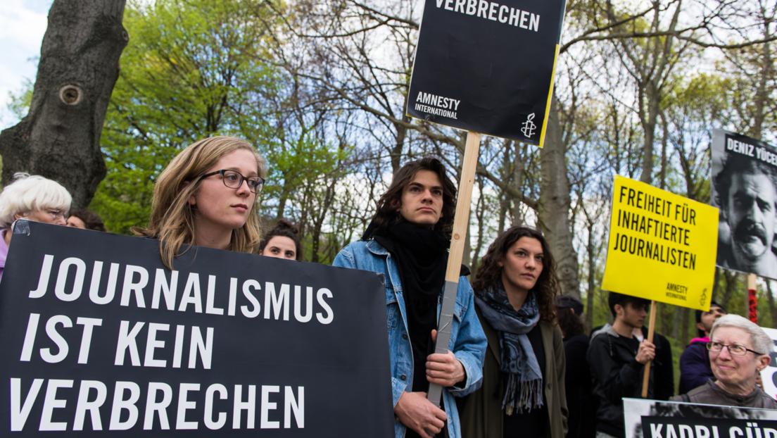 Reporter ohne Grenzen: Deutschland fliegt aus Spitzengruppe der Pressefreiheit-Rangliste