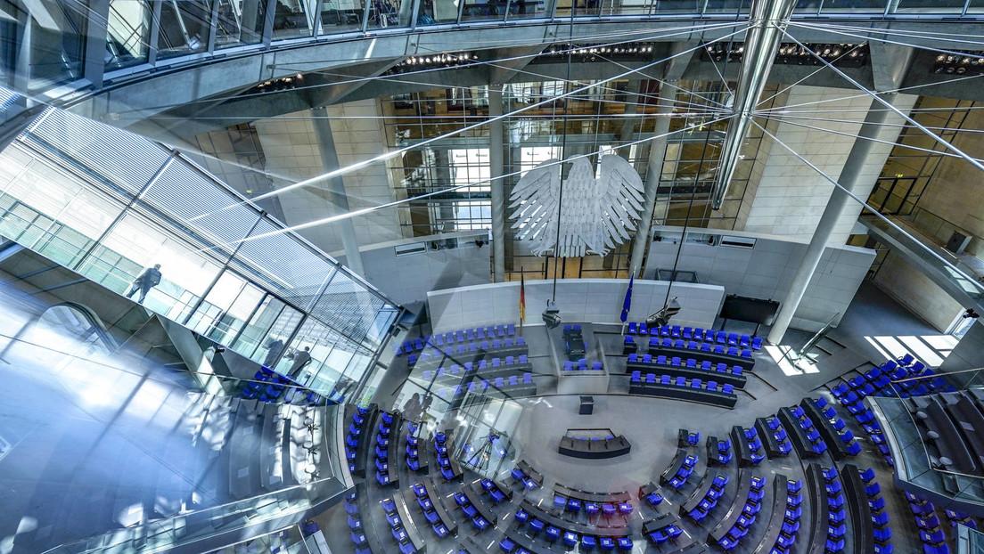 LIVE: 224. Sitzung des Bundestages | Digitaler Impfpass | Wahlrechtsreform