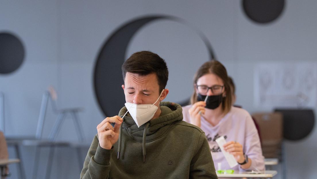"""Corona-Testpflicht an Schulen: Hanauer Schulamt droht bei Verweigerung mit """"Kindesentzug"""""""
