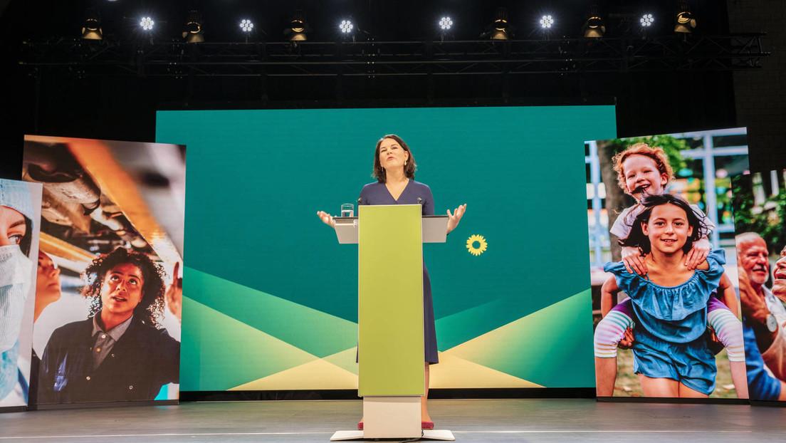 Umfrage zur Bundestagswahl: Grüne überholen Union – Baerbock auch bei Kanzler-Direktwahl vorn