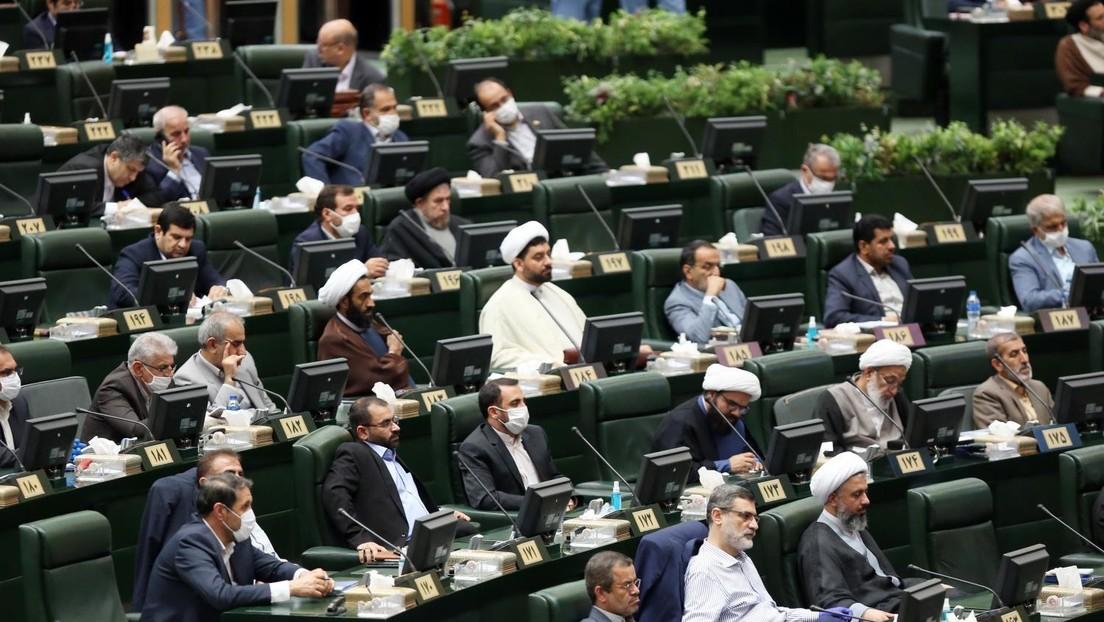 Atomstreit zwischen USA und Iran: Widerstand im iranischen Parlament gegen halbherzige Lösung