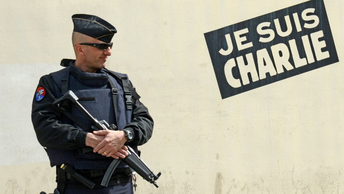 """Ehemalige französische Generäle warnen vor """"Zerfall"""" Frankreichs durch Islamismus"""